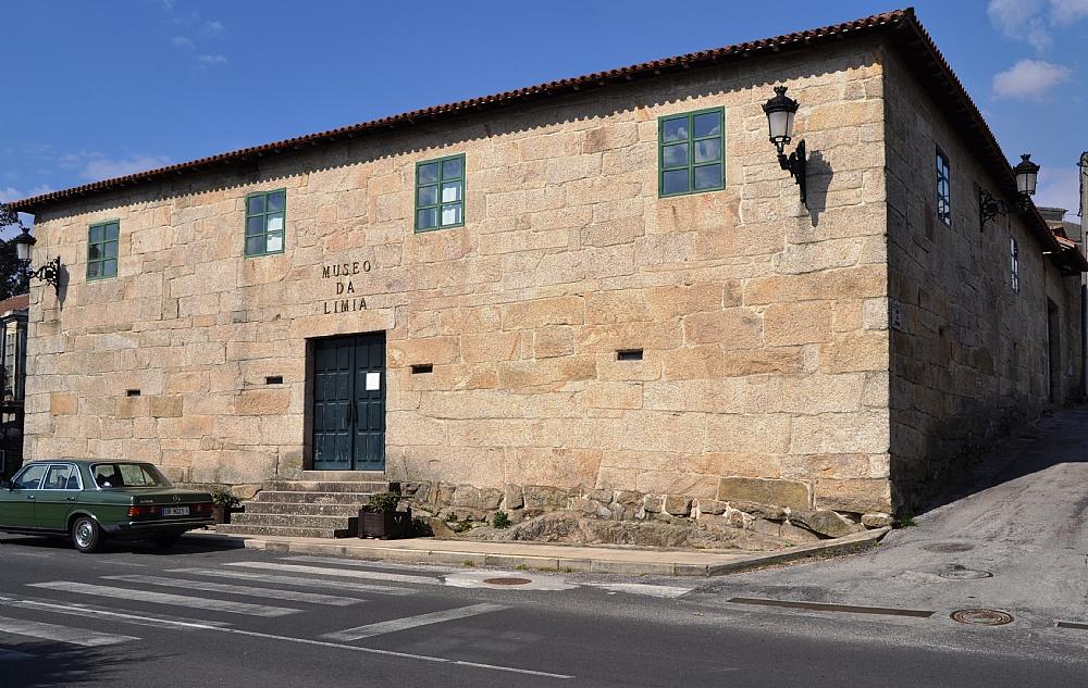 O Museo da Limia crea o Premio Pedra Alta e distingue nesta primeira edición ao lexicólogo, etnógrafo e profesor de Xunqueira de Ambía, doutor en Filoloxía Románica, don Elixio Rivas Quintas.