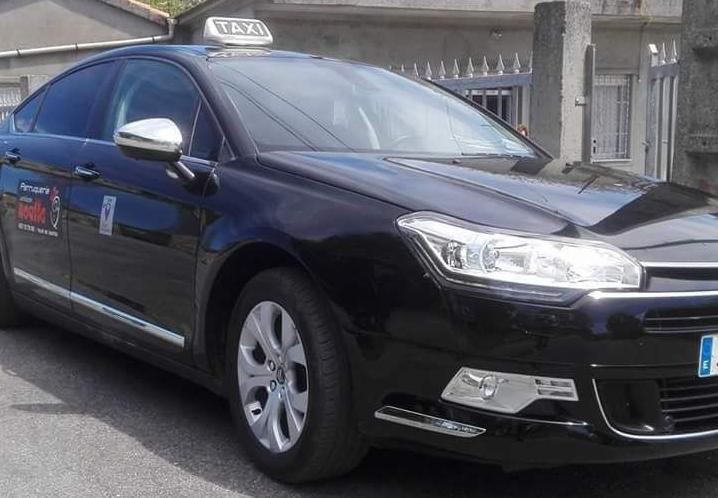 Vilar de Santos pon en marcha o taxi de uso compartido
