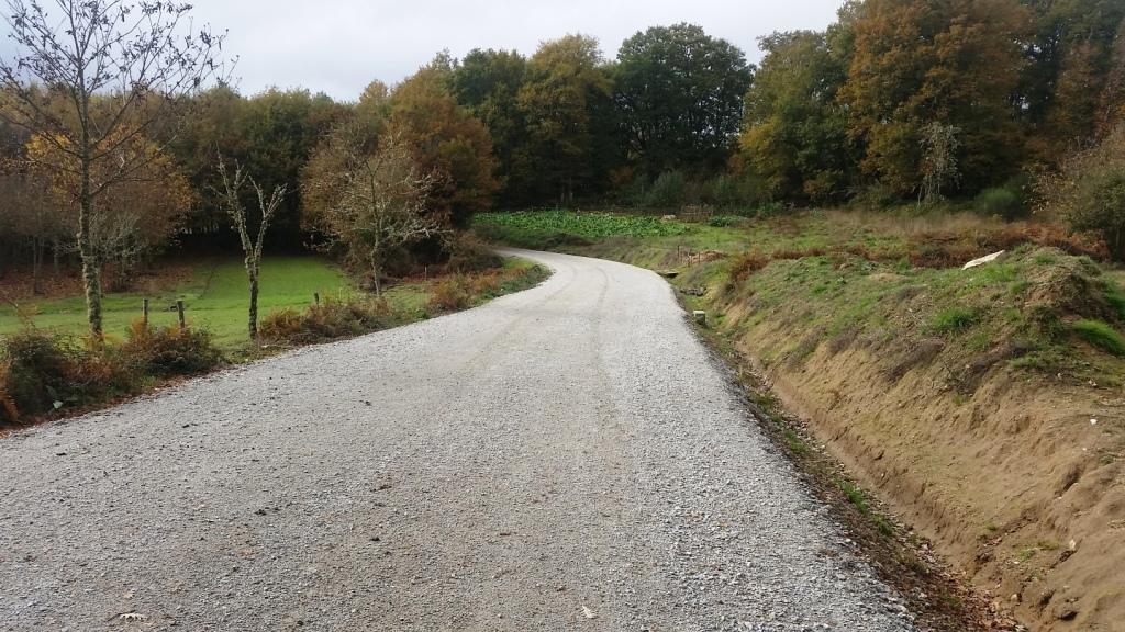 Vilar de Santos incorpora 10 Km de novos camiños na parroquia de Parada